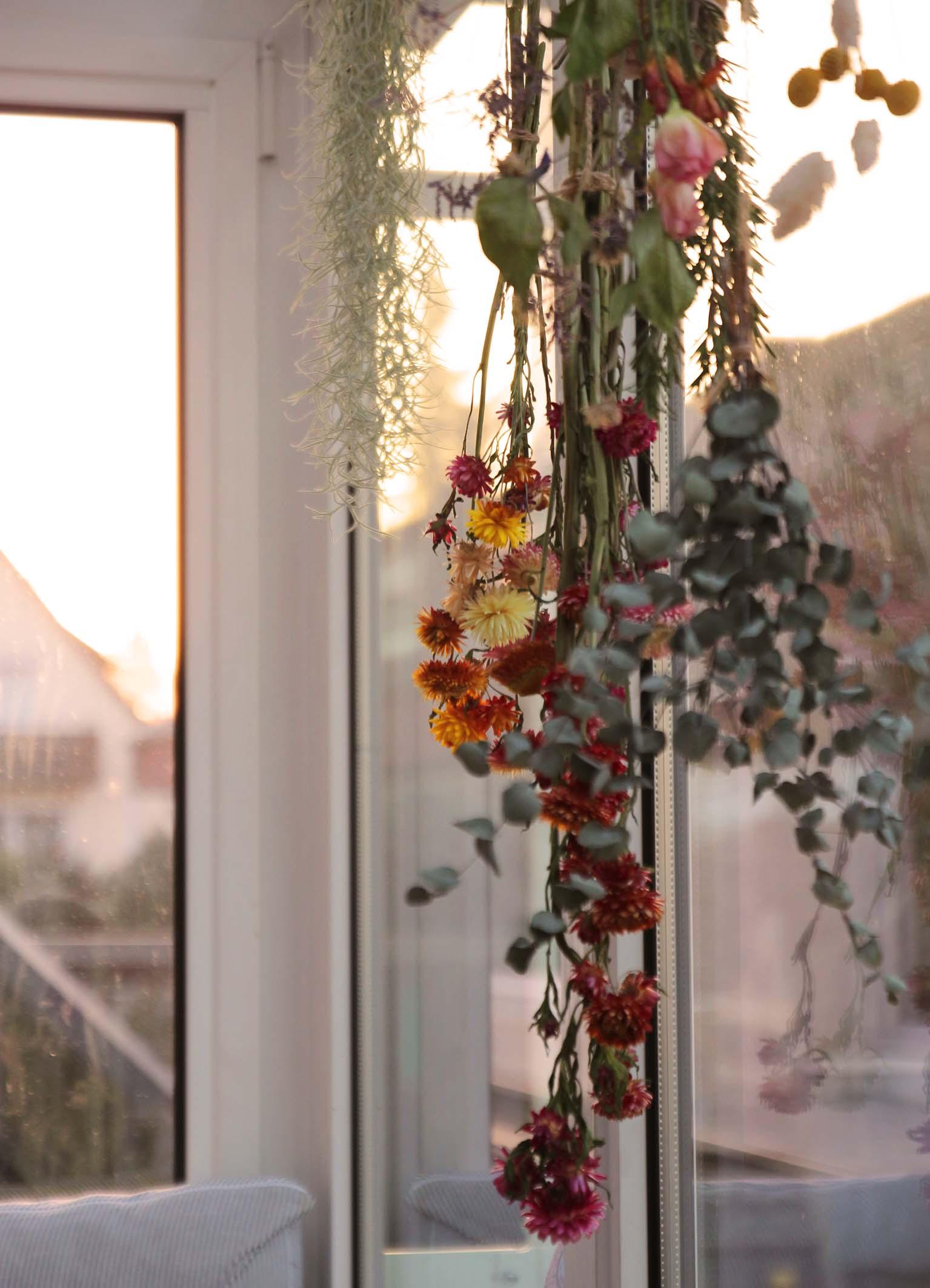 getrockneter Lavendel für einen angenehmen Duft- Zuhause bei Stefanie - Dekoideen und zeitlose Accessoires zeigt sie bei desmondo.de