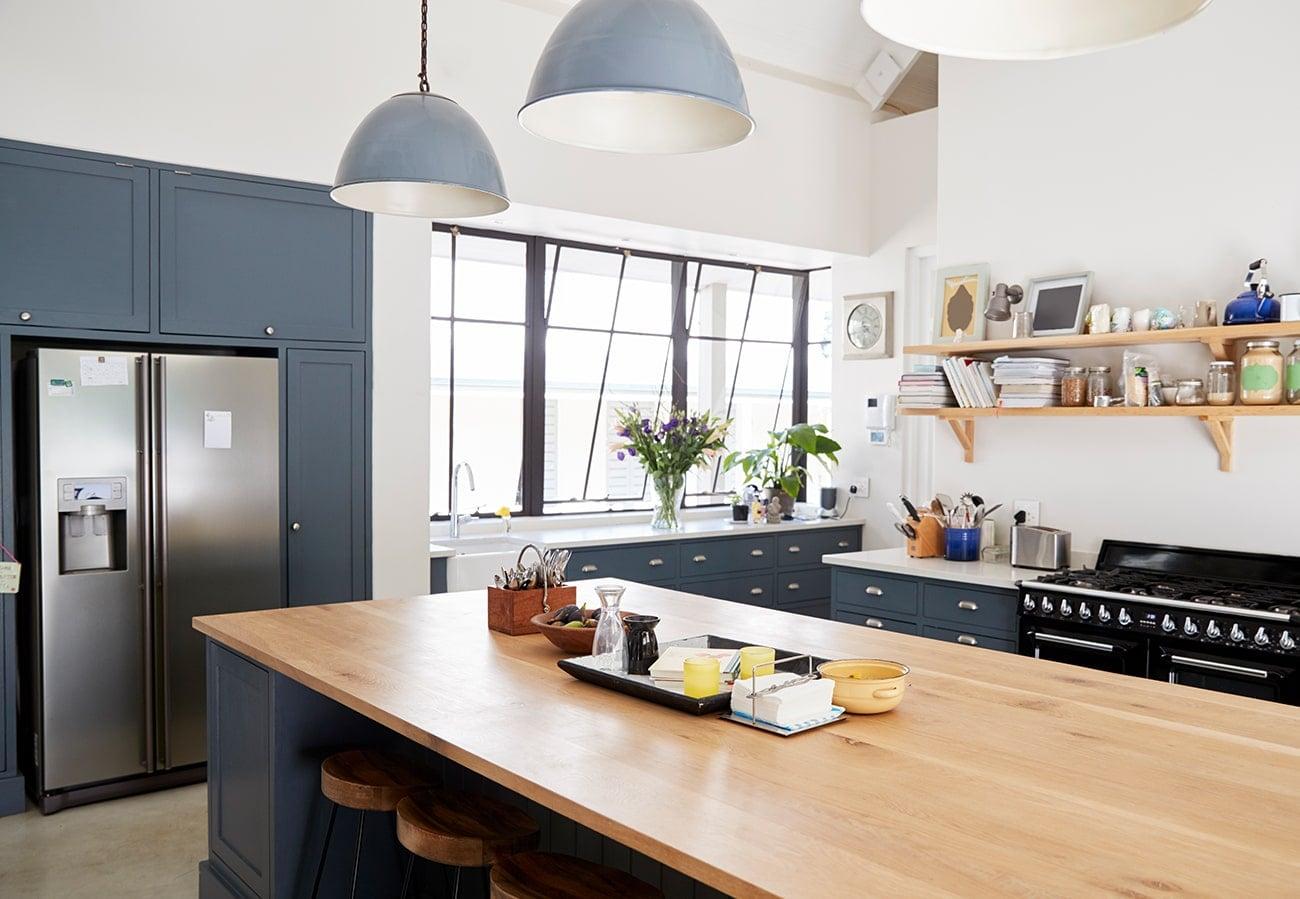 Küchenarbeitsplatte aus Holz