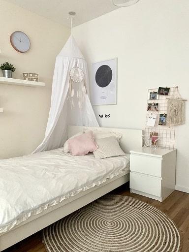 Schlafzimmer - Jugendzimmer für Mädchen - Homestory: Jennifer liebt Holzakzente