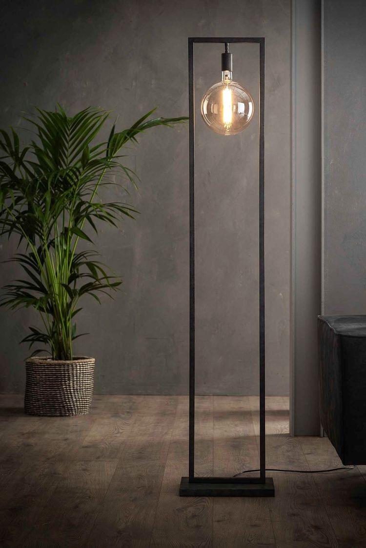 Natürliche Materialien wie Holz sind derzeit sehr beliebt in Interior-Design-Kreisen.