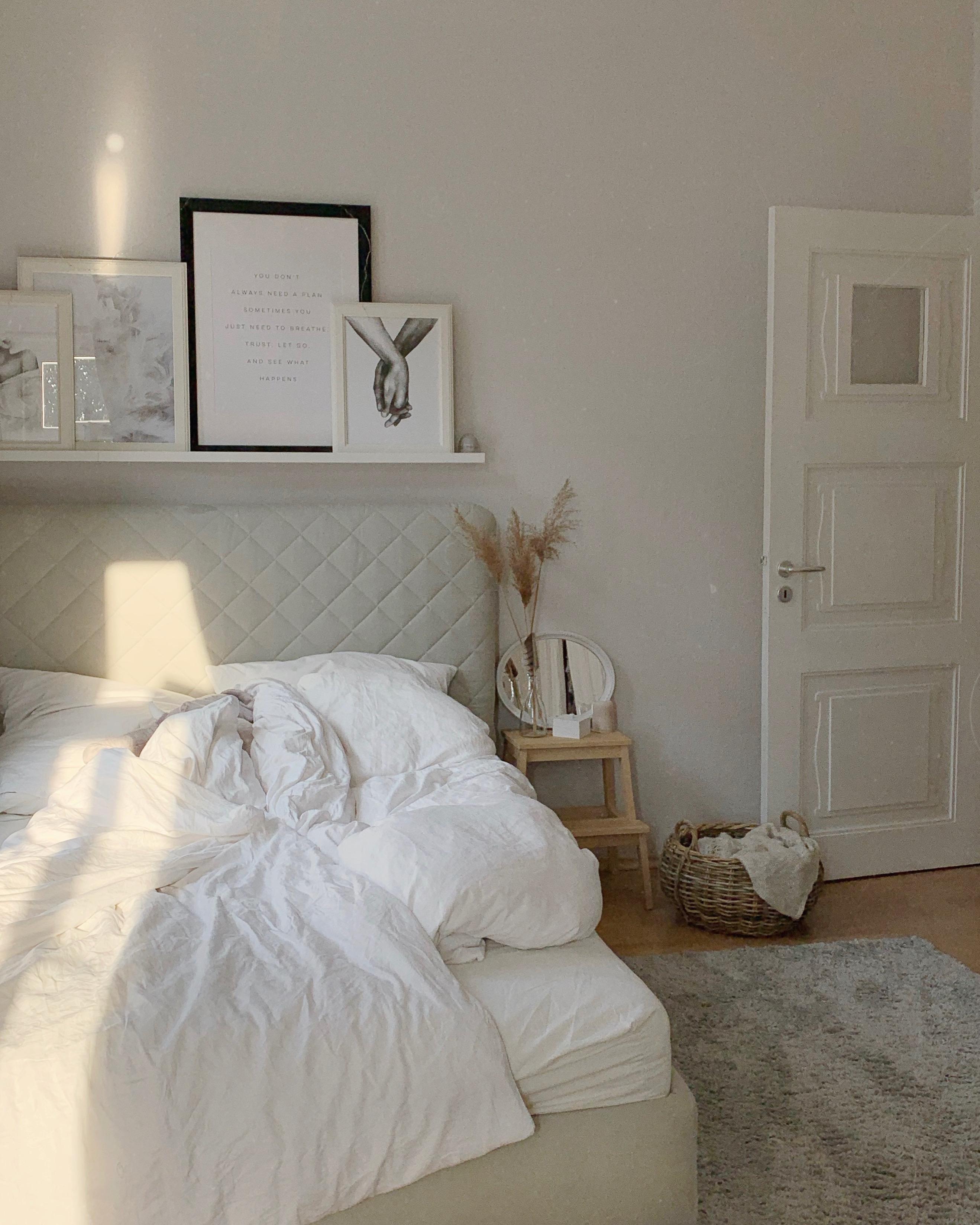 Schlafzimmer - - Homestory: Vanessas Schwäche für Altbau - Mehr Inspirationen und Wohnideen findest du bei desmondo