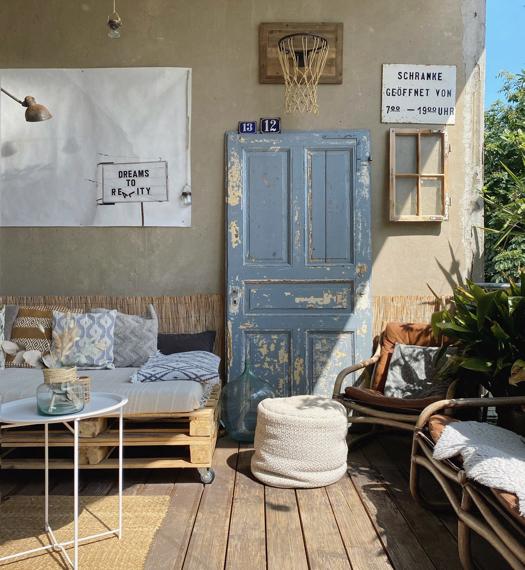 DIY Palettenmöbel am Balkon