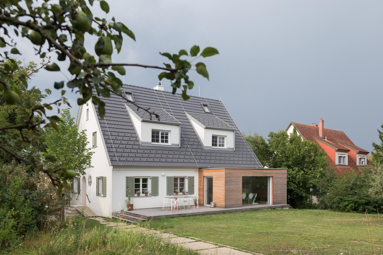 Außenansicht 2 -  Haus kernsaniert und trotzdem seinen Charakter bewahrt