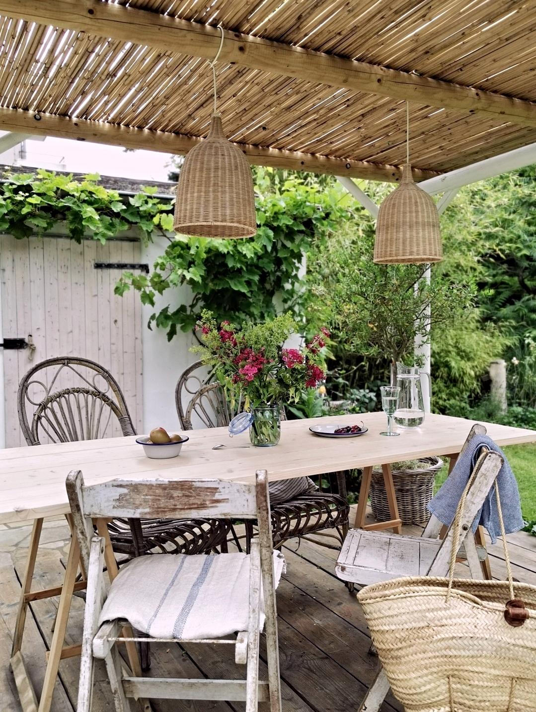 Überdachte Terrasse - Homestory: Bei Nathalie sieht es aus wie im Urlaub