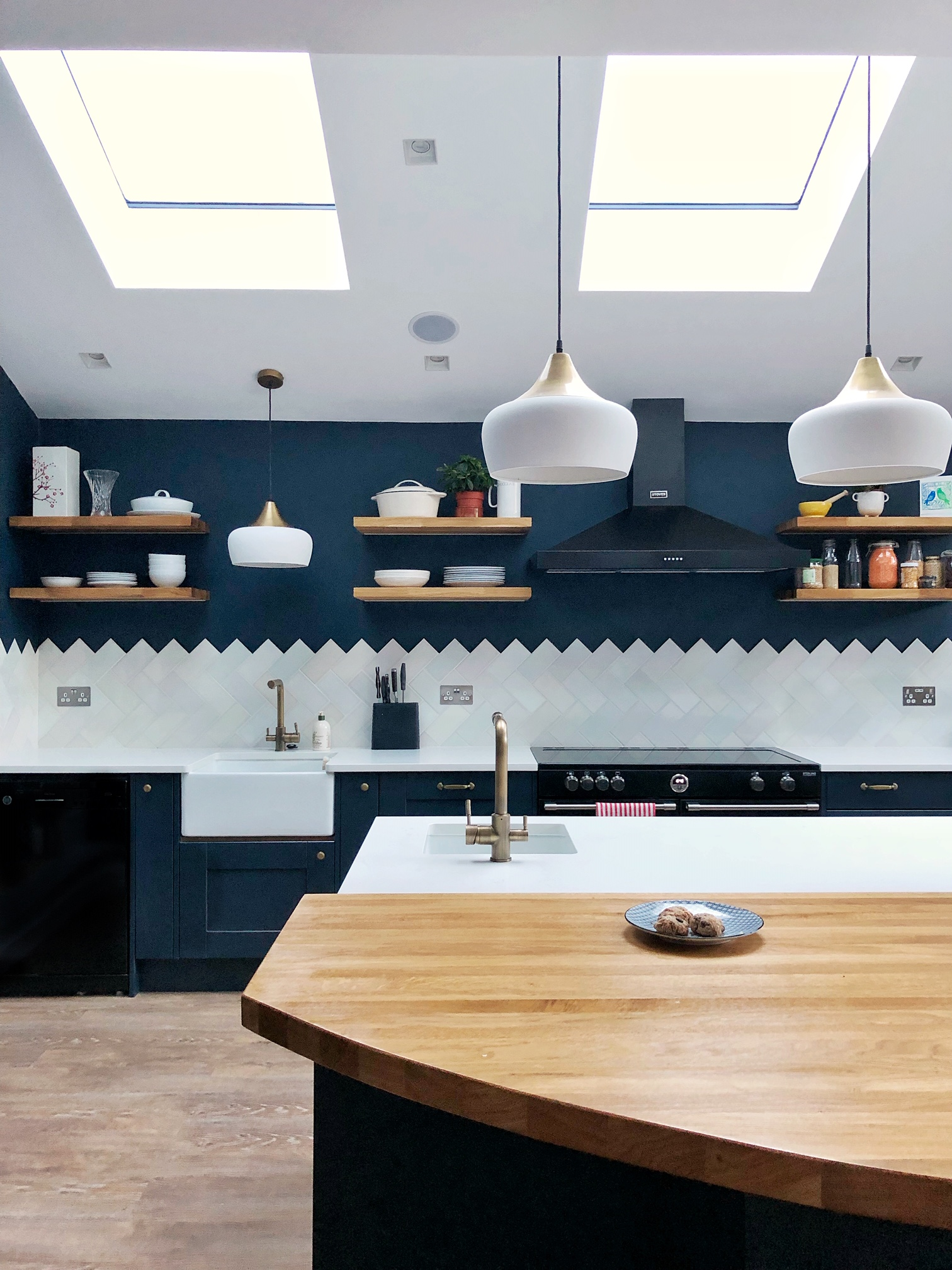London kitchen for hire. Blue kitchen. Renovation inspiration.
