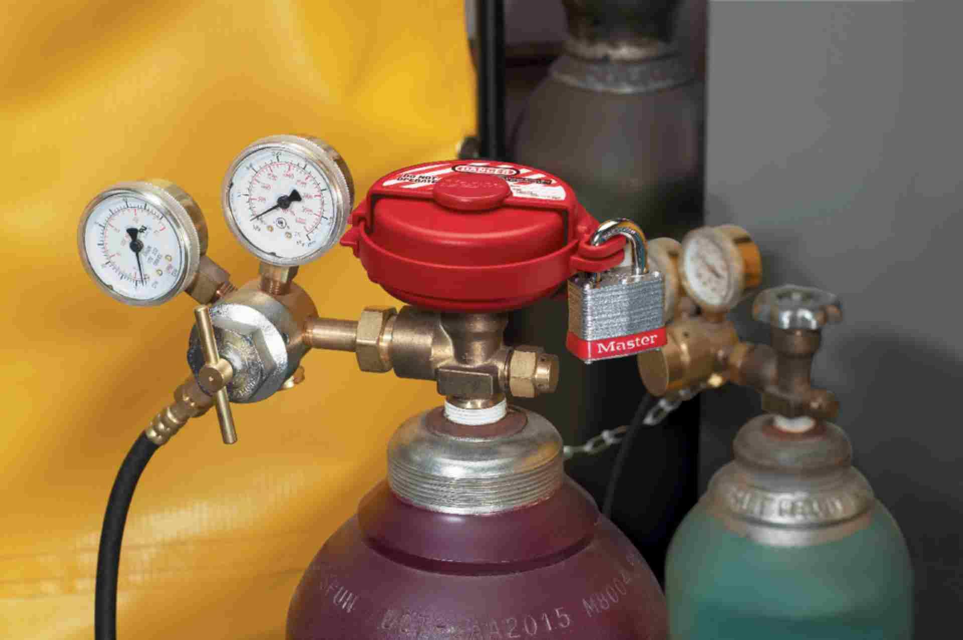 Blokada zaworu butli gazowych