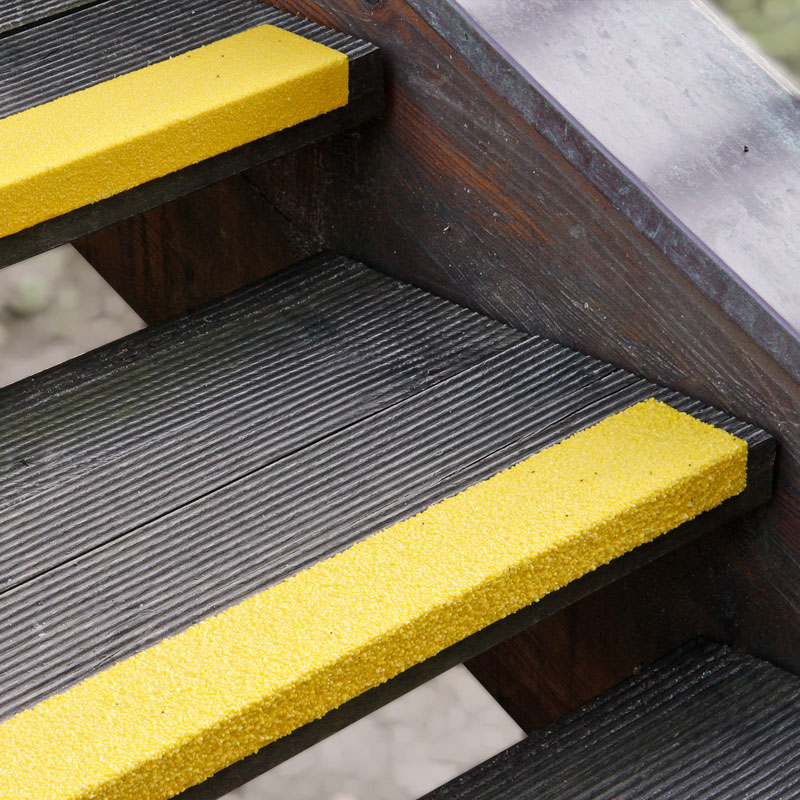 Nakładka antypoślizgowa na krawędź stopnia, średnie natężenie, żółta 70 x 30 x 1000 mm