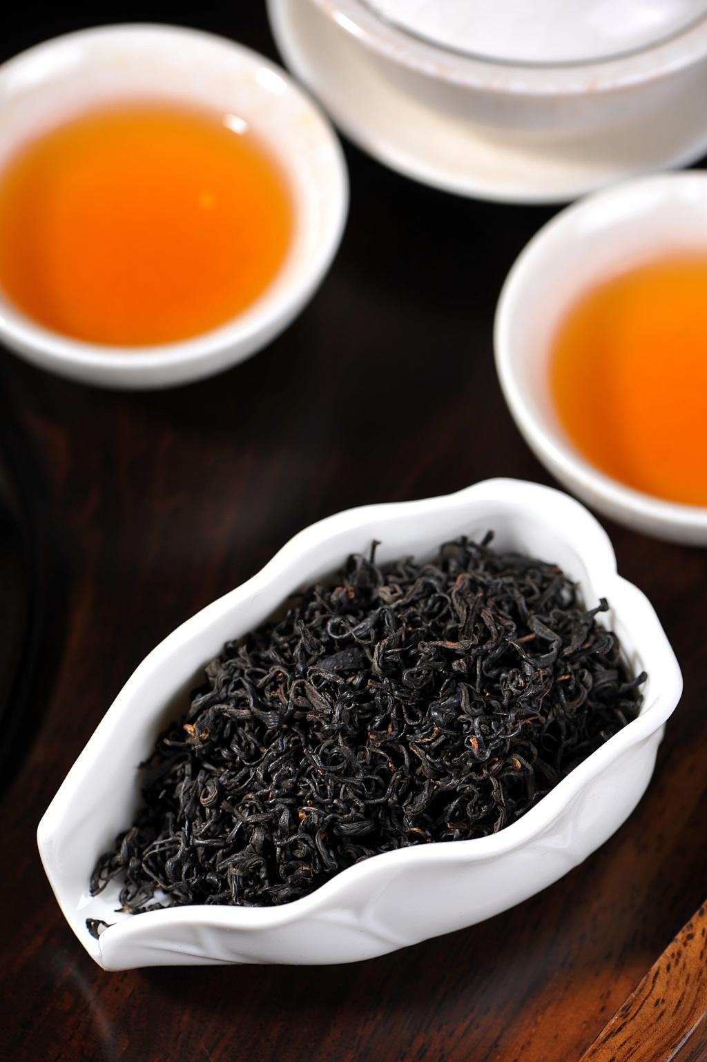 black-tea-2443943.jpg
