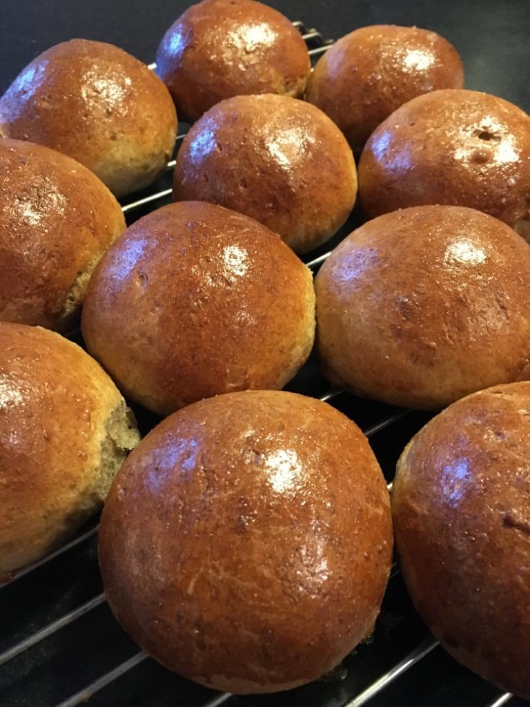 Birthday buns with Agrain® 04 Maskmel Whisky