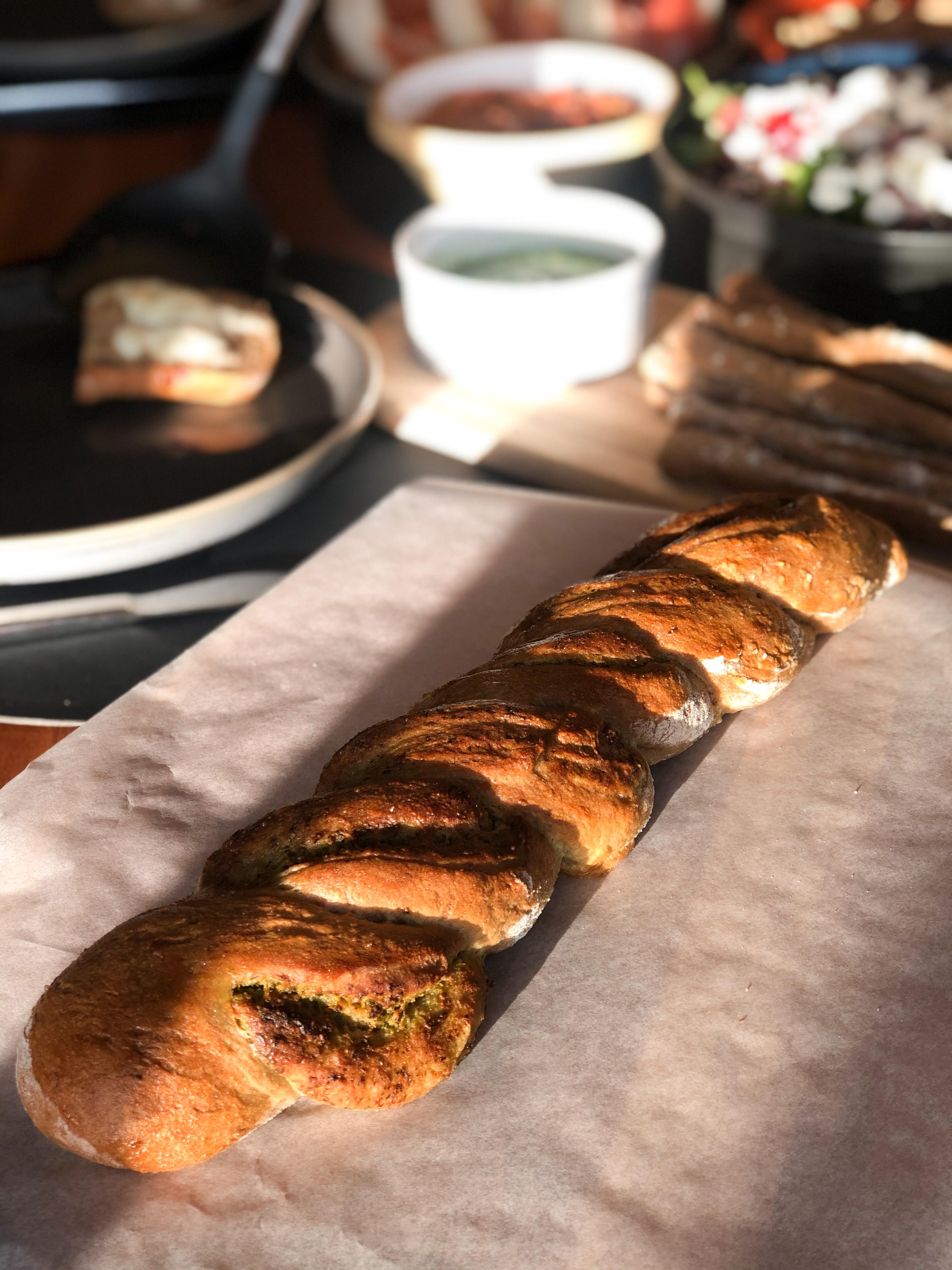 Twisted pesto bread with Agrain® 05 Smoked Super Grain Flour
