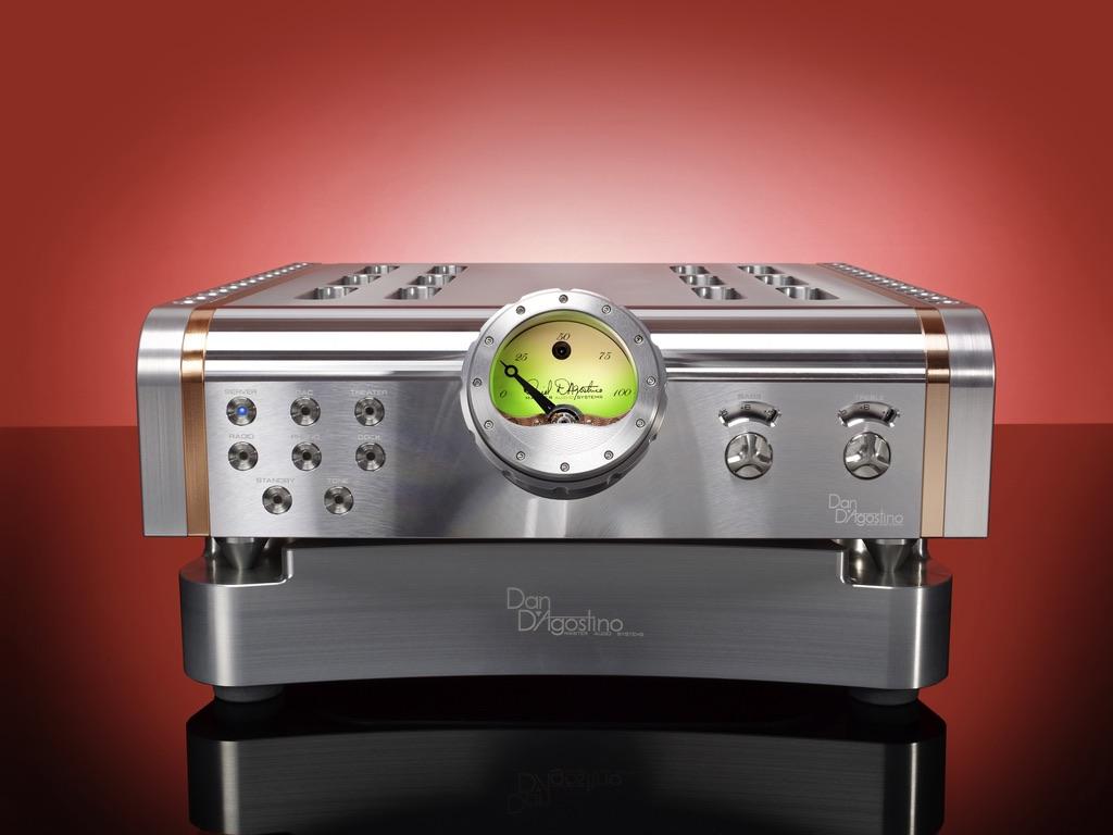 High End Verstärker D'Agostino Momentum Integrated Amplifier