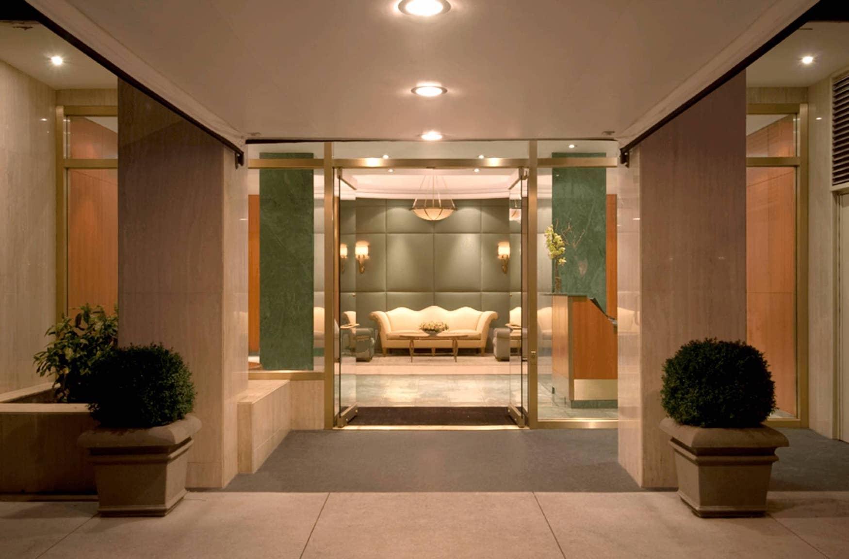 301 East 78th Street Lobby