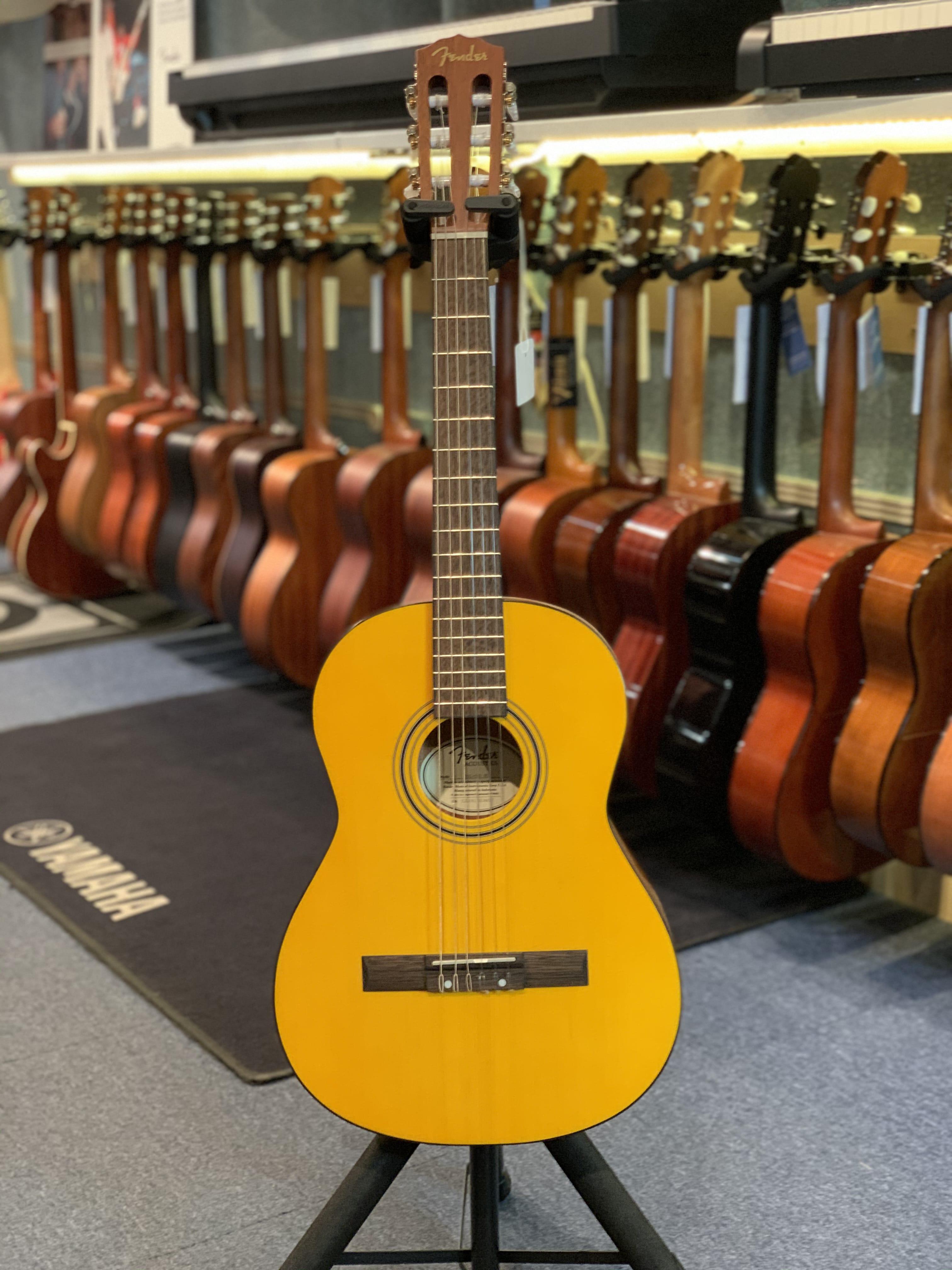 Fender ESC80 3/4
