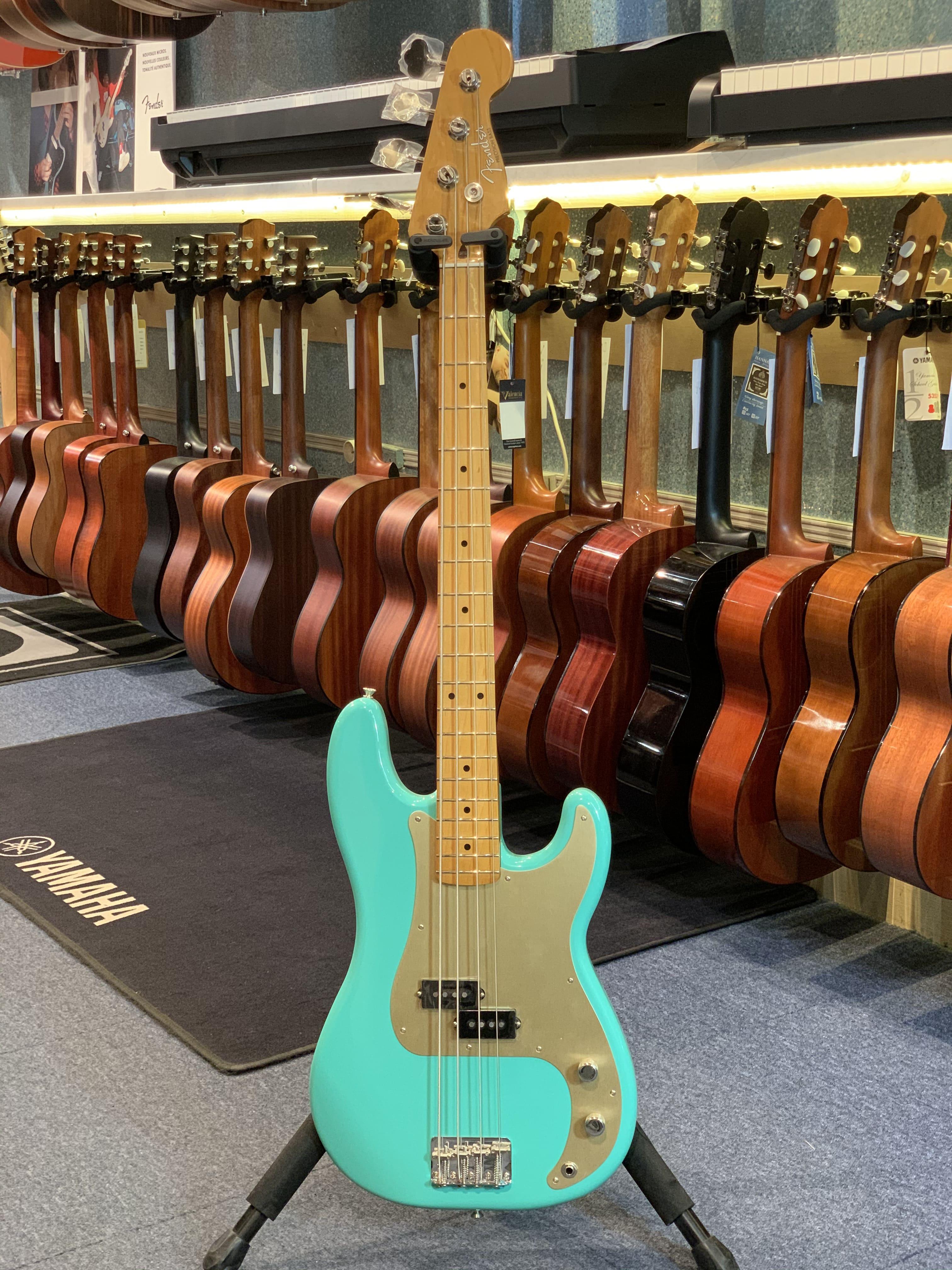 Fender Precision VINTERA 50's
