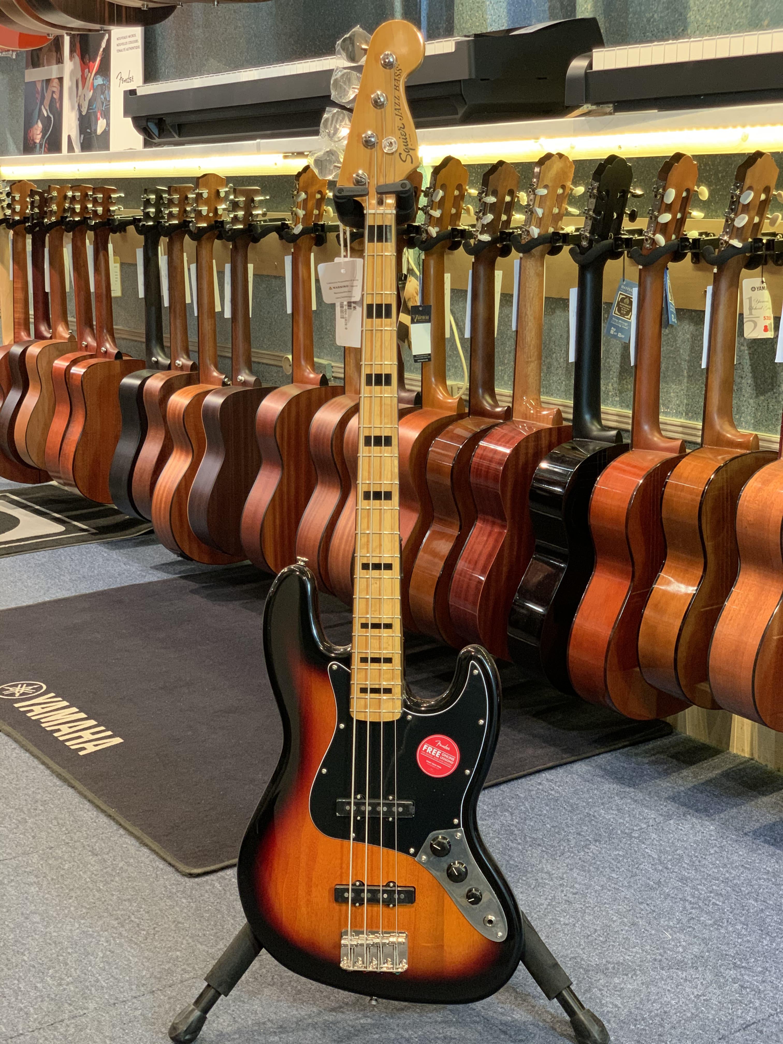 Squier JazzBass 70