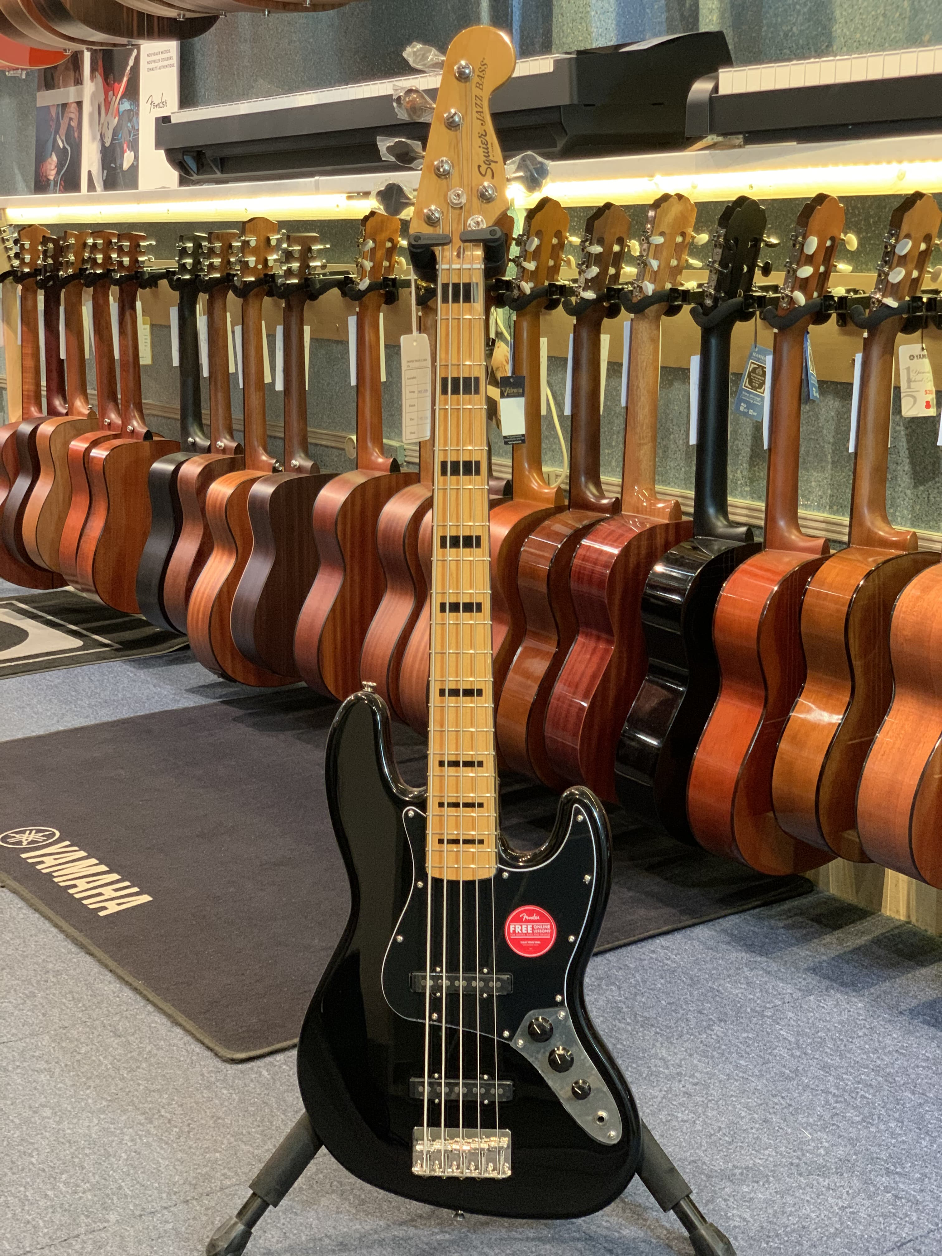 Squier JazzBass 70's 5 cordes