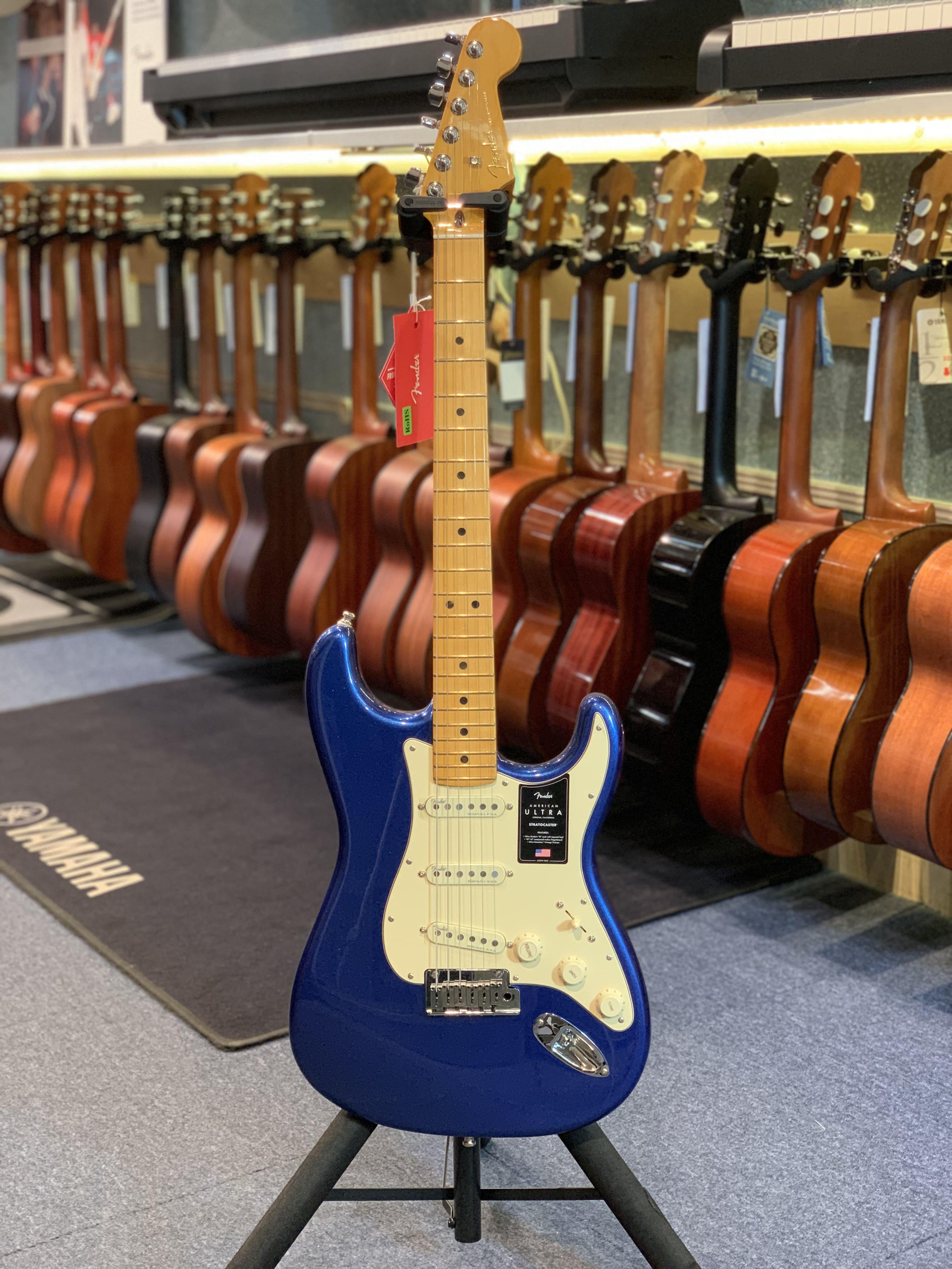Fender STRATOCASTER AMERICAN ULTRA