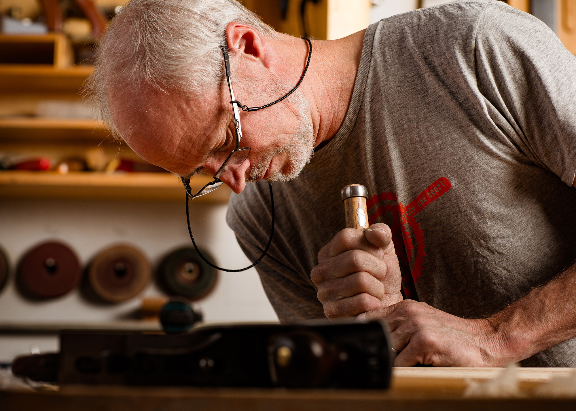 Photo story showcasing Stewart Wurtz, artisan woodworker from the Pacific Northwest.