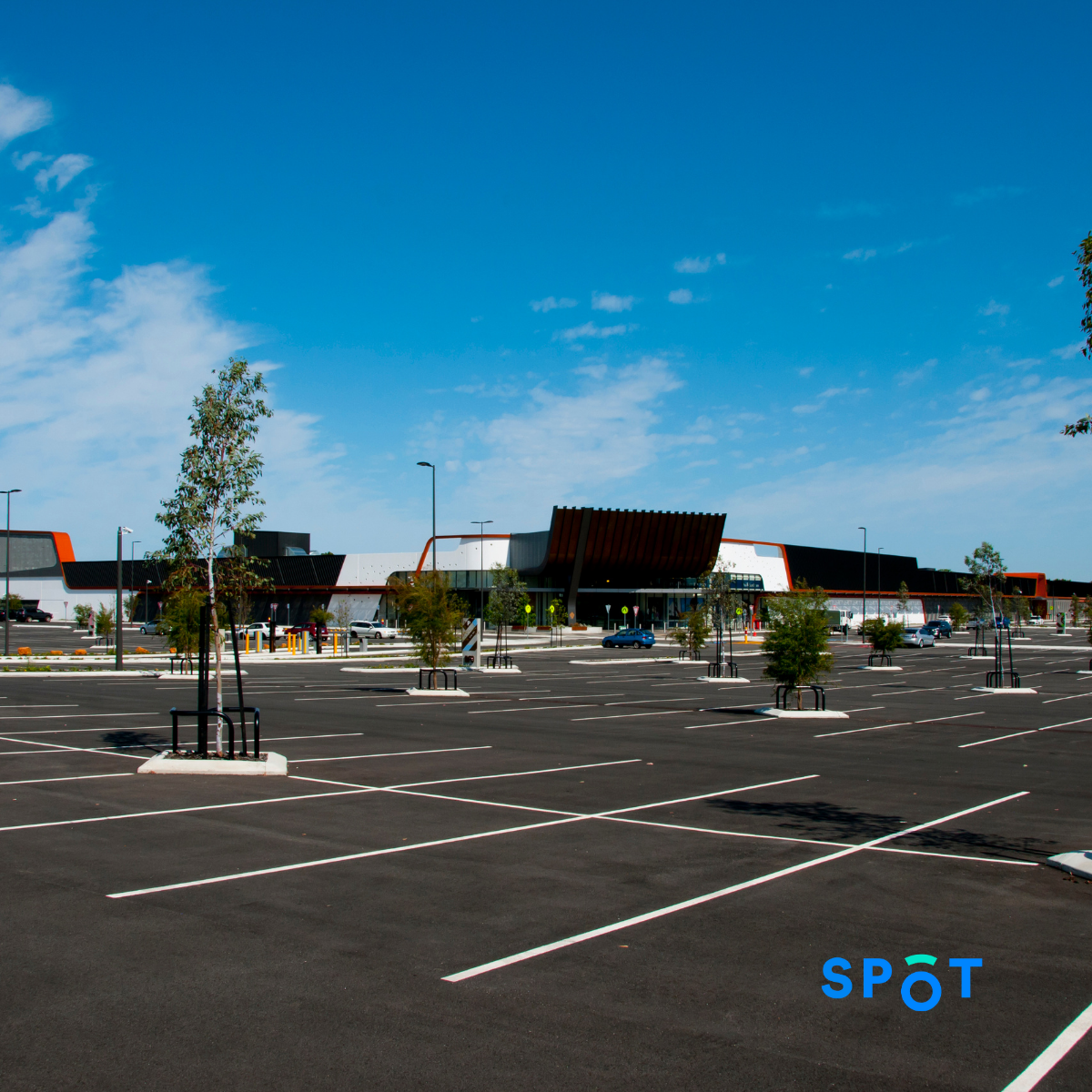 An empty parking lot due to the effects of COVID-19 in the parking industry