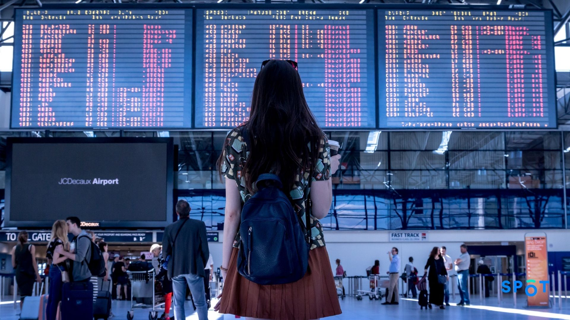 An airport traveler late to her flight to the her inability to find parking at the airport