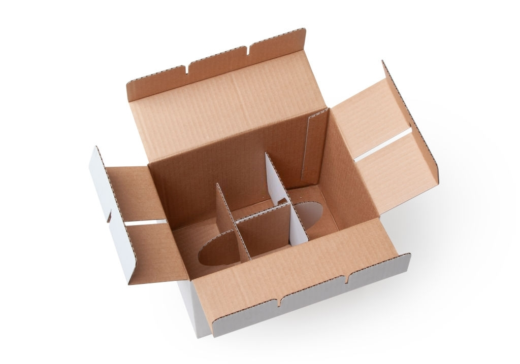Box showing dividers