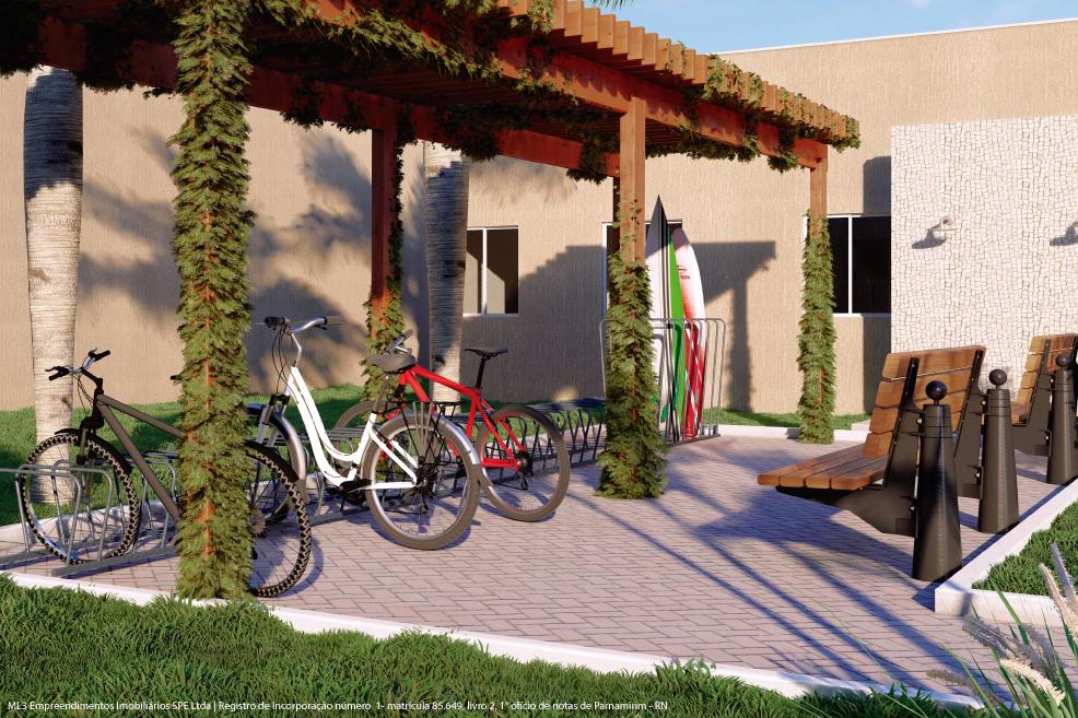 Bicicletário, pranchário e duchas ao lado da entrada do Mirantes Caminho do Mar