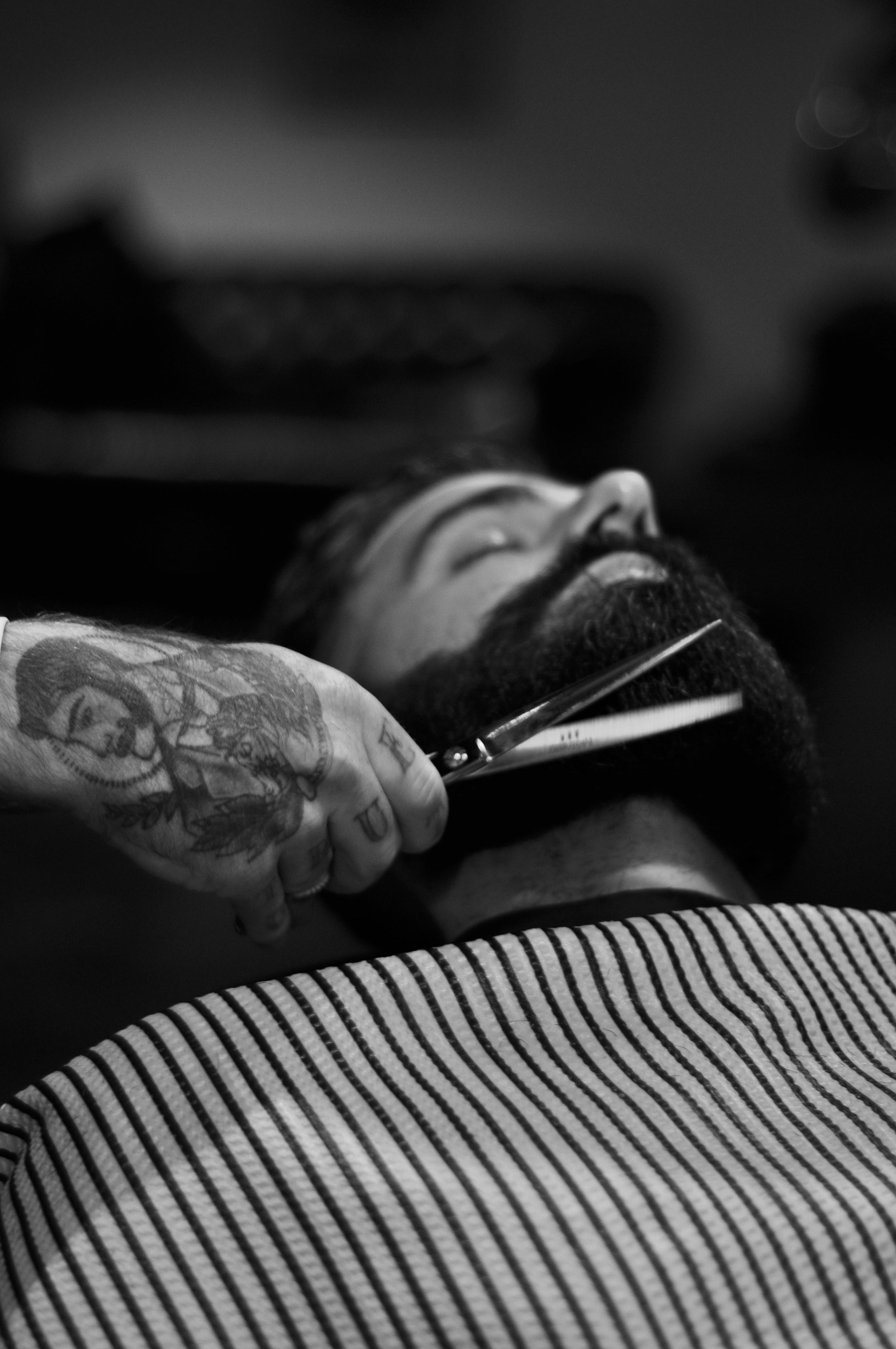 barber beard trim