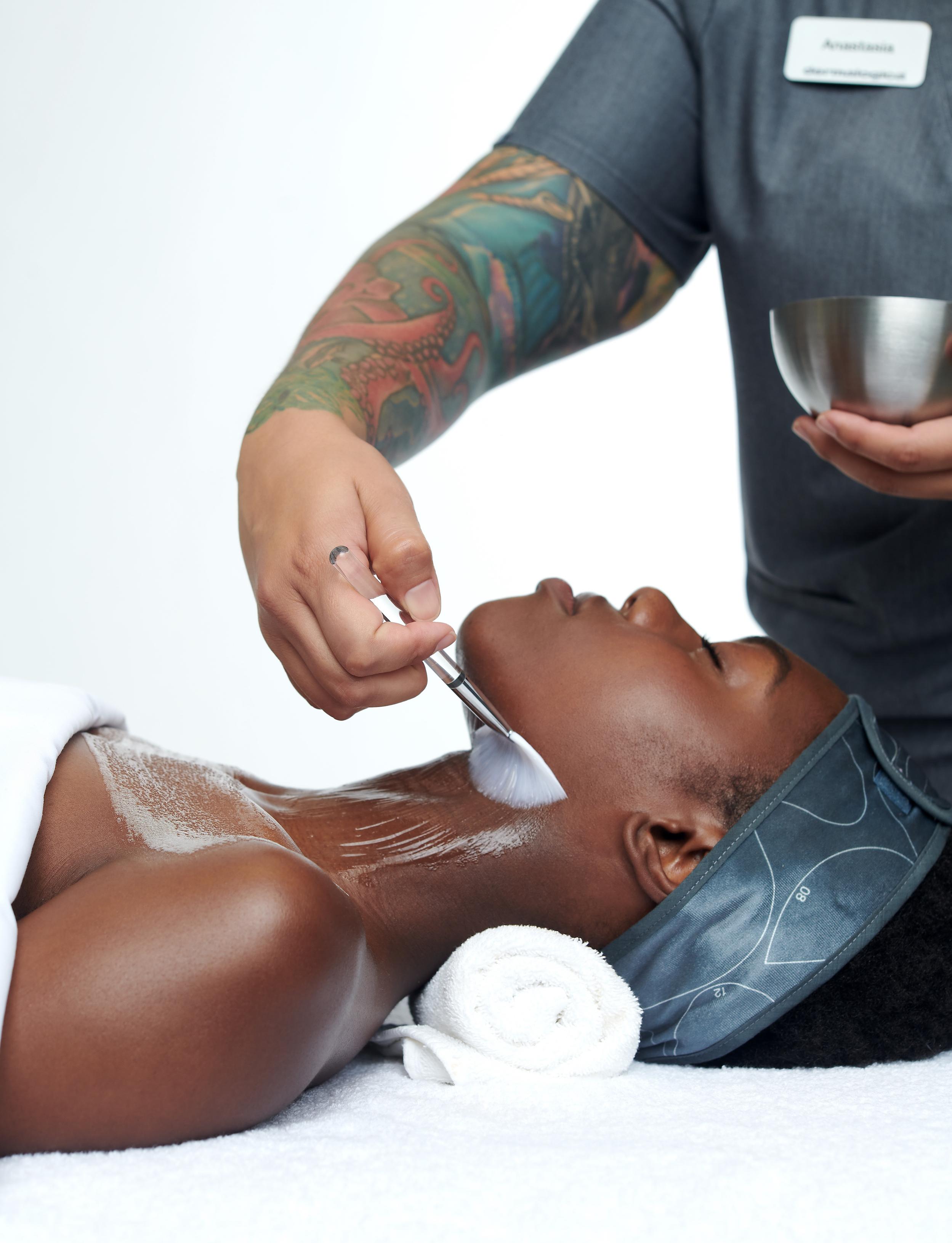 esthetician facial application