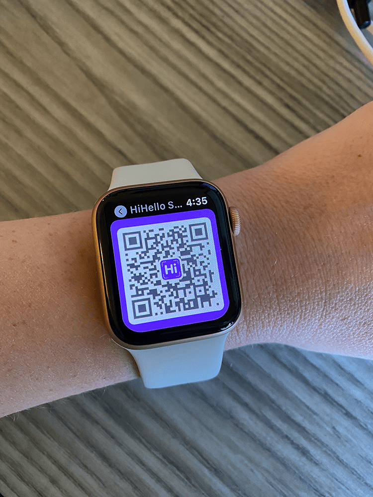 Show your digital business card's QR code on your Apple Watch.