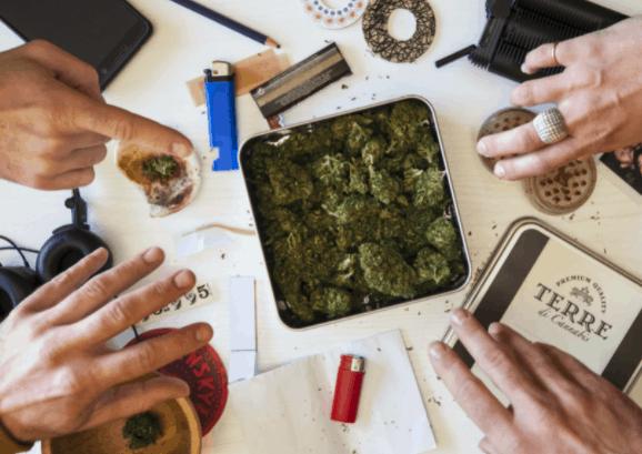 medical marijuana cannabis smoke sesh