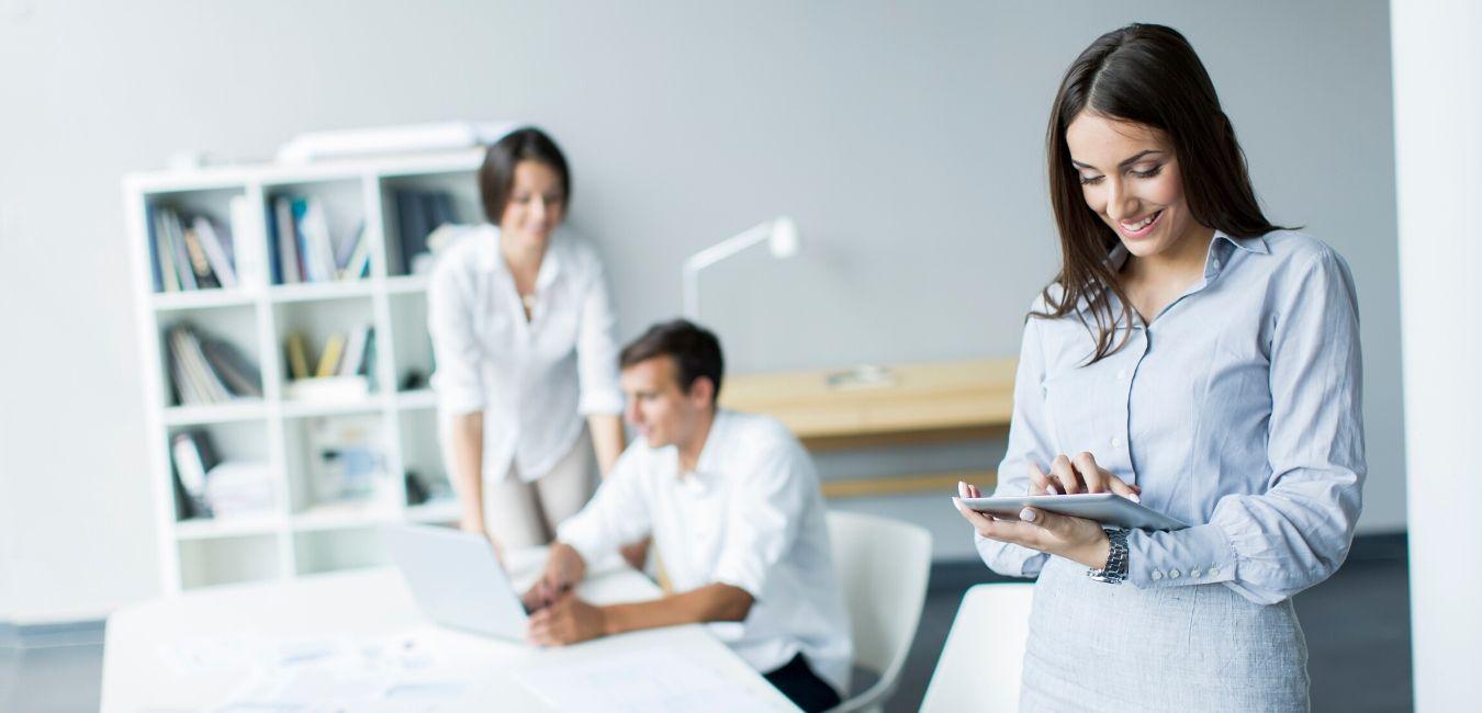 Servicio de masajes corporativos para eventos en oficina o empresas. Disponible en CDMX y la Riviera Maya.
