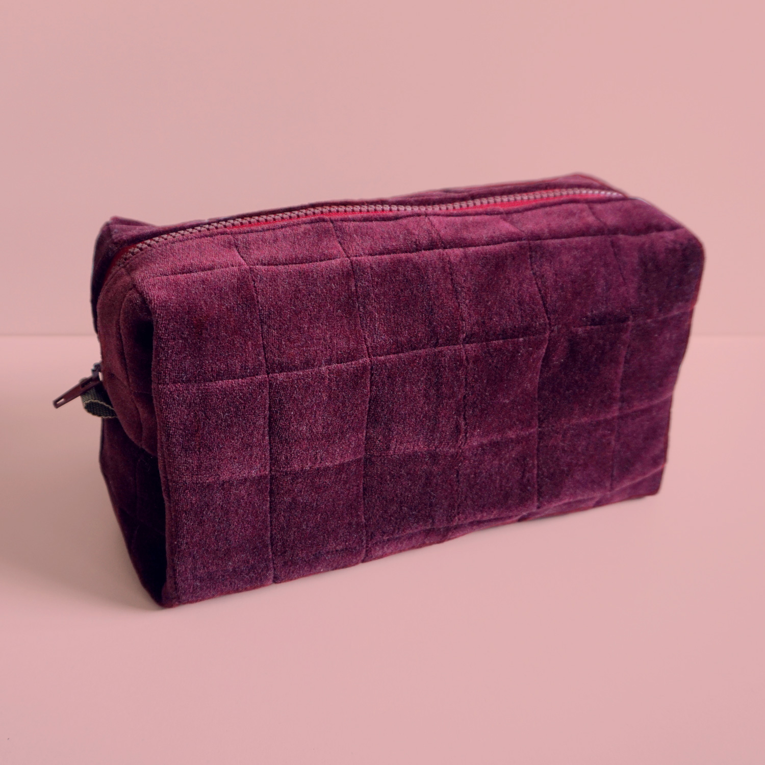 Luxurious quilted boxed pouches, that will hold your essential travel toiletries, current knitting project or drawing supplies.