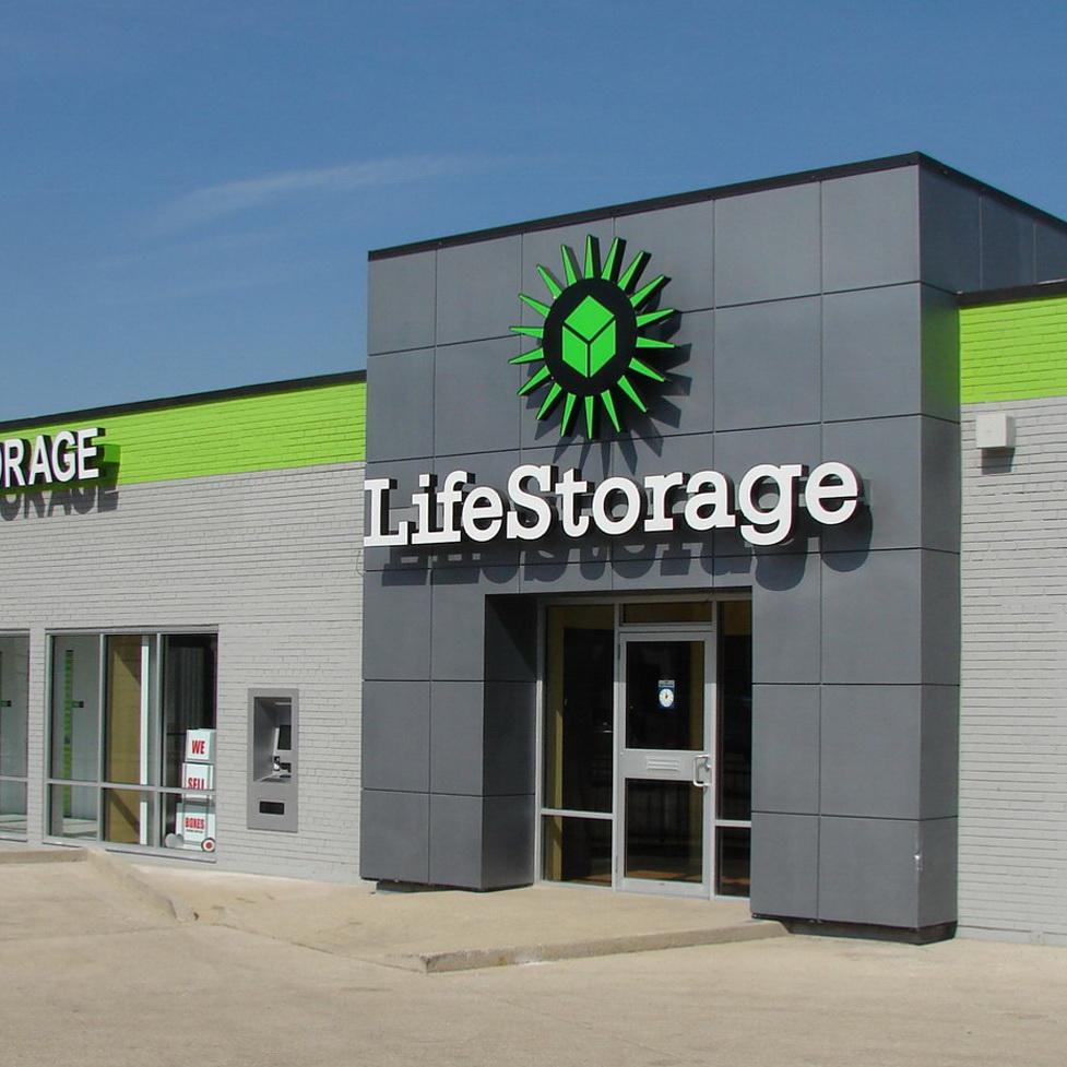4014 Grand Self-Storage