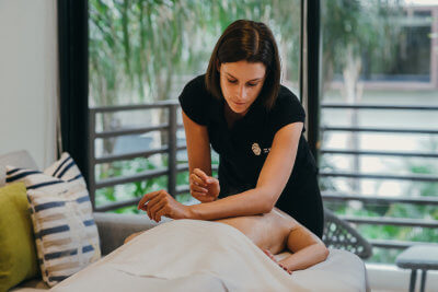 Andrea personalizes her massage sessions with special music and aromatherapy. She has worked in luxury hotels and is an independent therapist. Andrea is an industrial designer and is currently studying soundhealing.