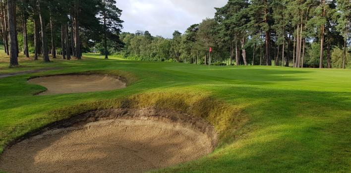 Foxhills Golf Club (Bernard Hunt)