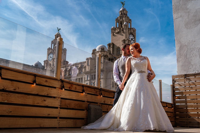 The bentley liverpool bride and groom portrait