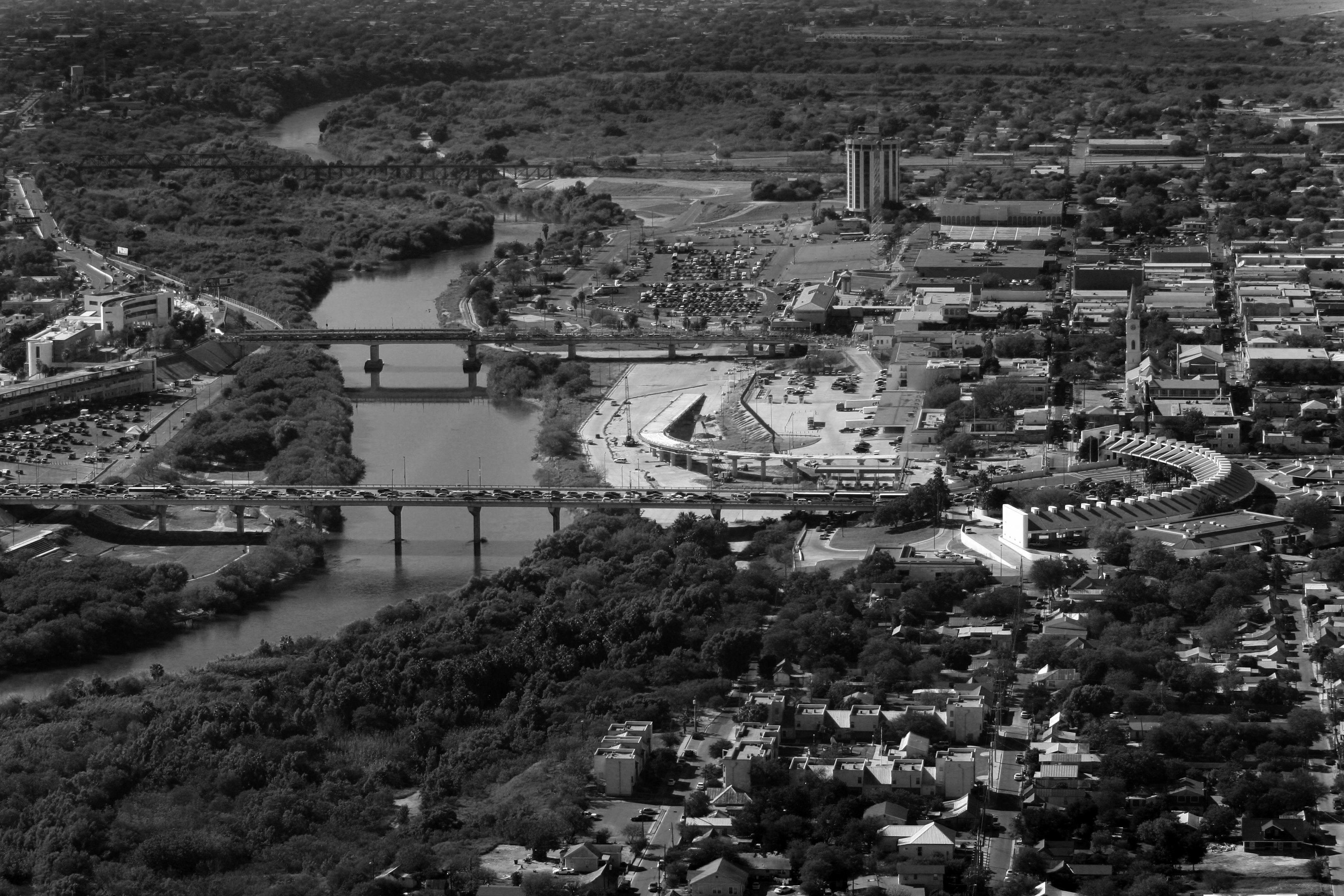 Puentes internacionales en Nuevo Laredo