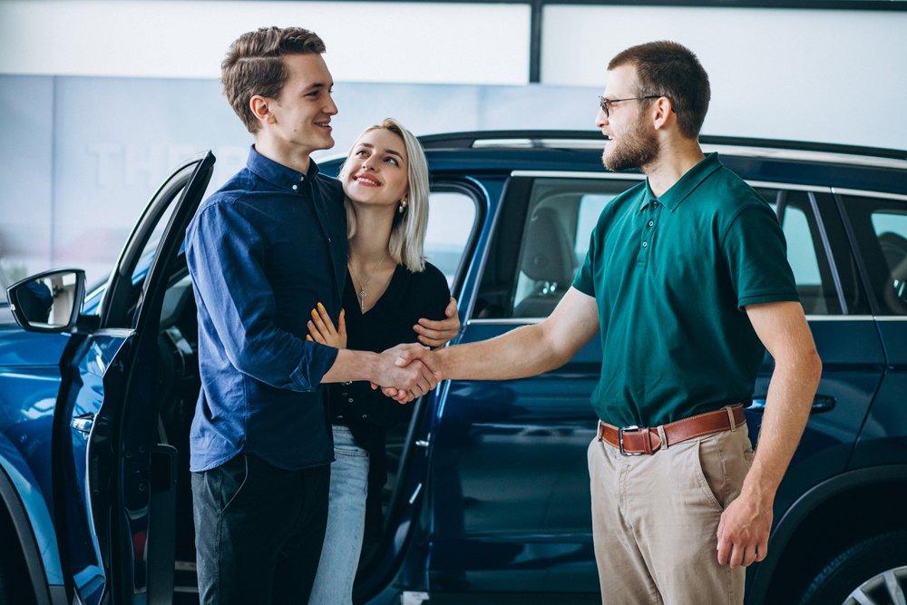 Hoe verkoop ik mijn auto online?