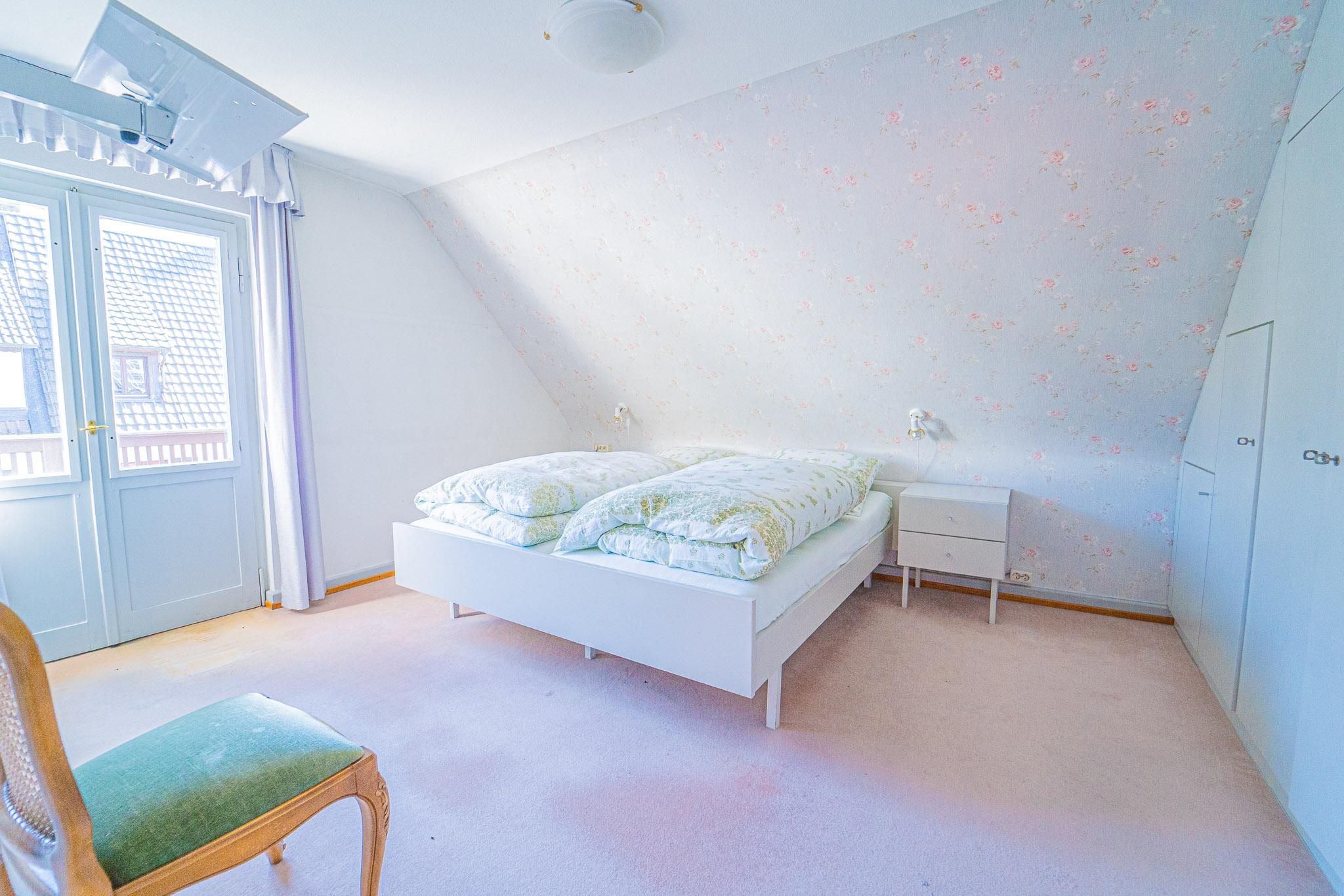 DG Schlafzimmer mit Südbalkon