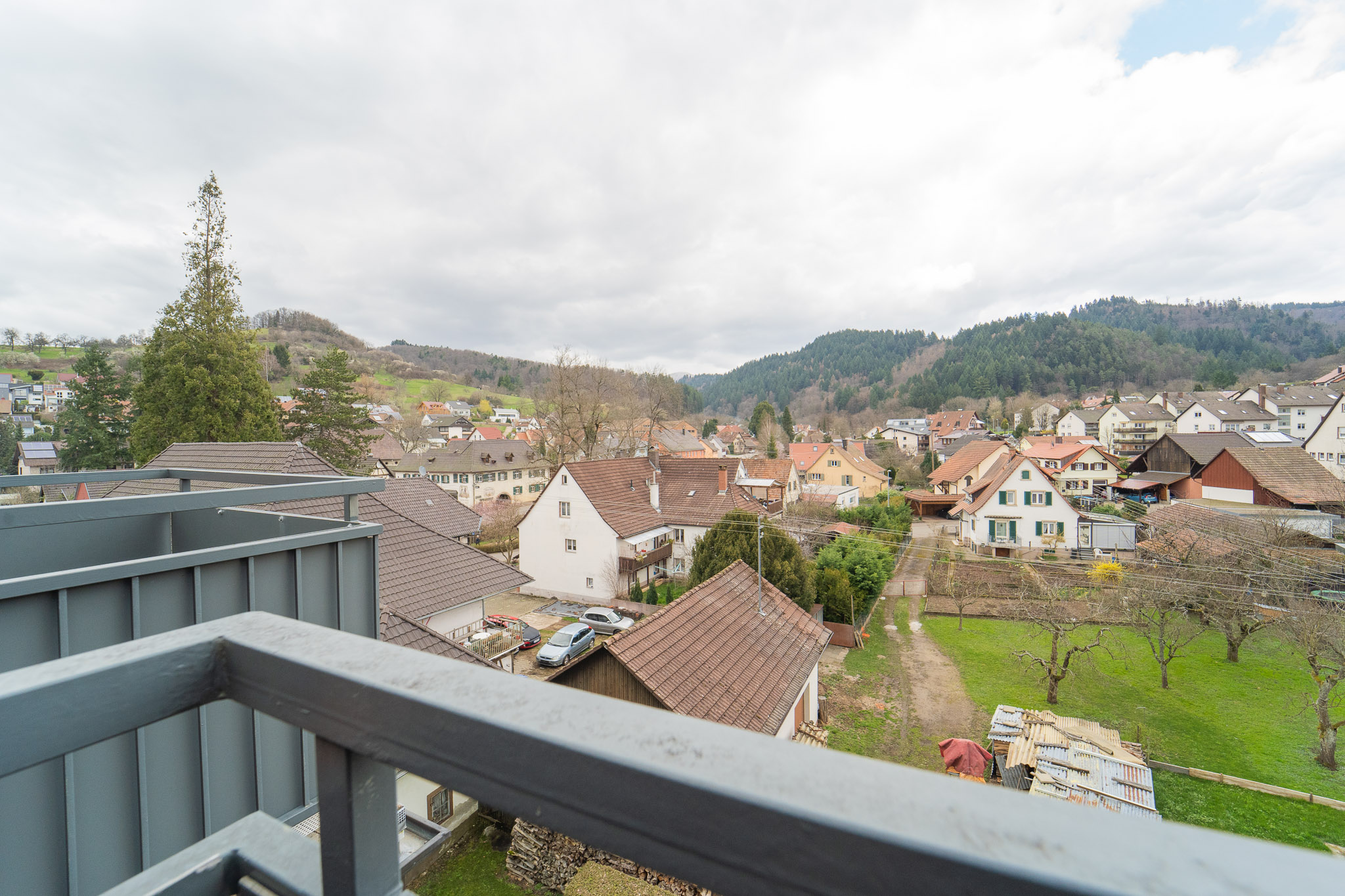 Blick vom Balkon Bürobereich Emporengeschoss