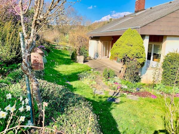 Ein Traum für die ganze Familie! Freistehendes Einfamilienhaus in Lörrach-Hauingen