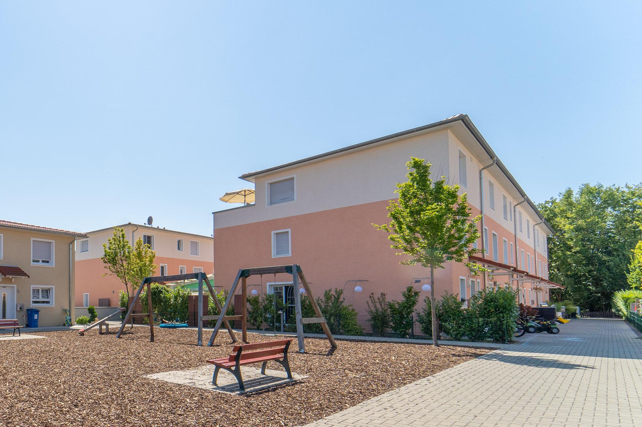 Leben wie in der Toskana! Modernes energieeffizientes Reihenendhaus in sehr guter Lage in Rheinfelden-Herten