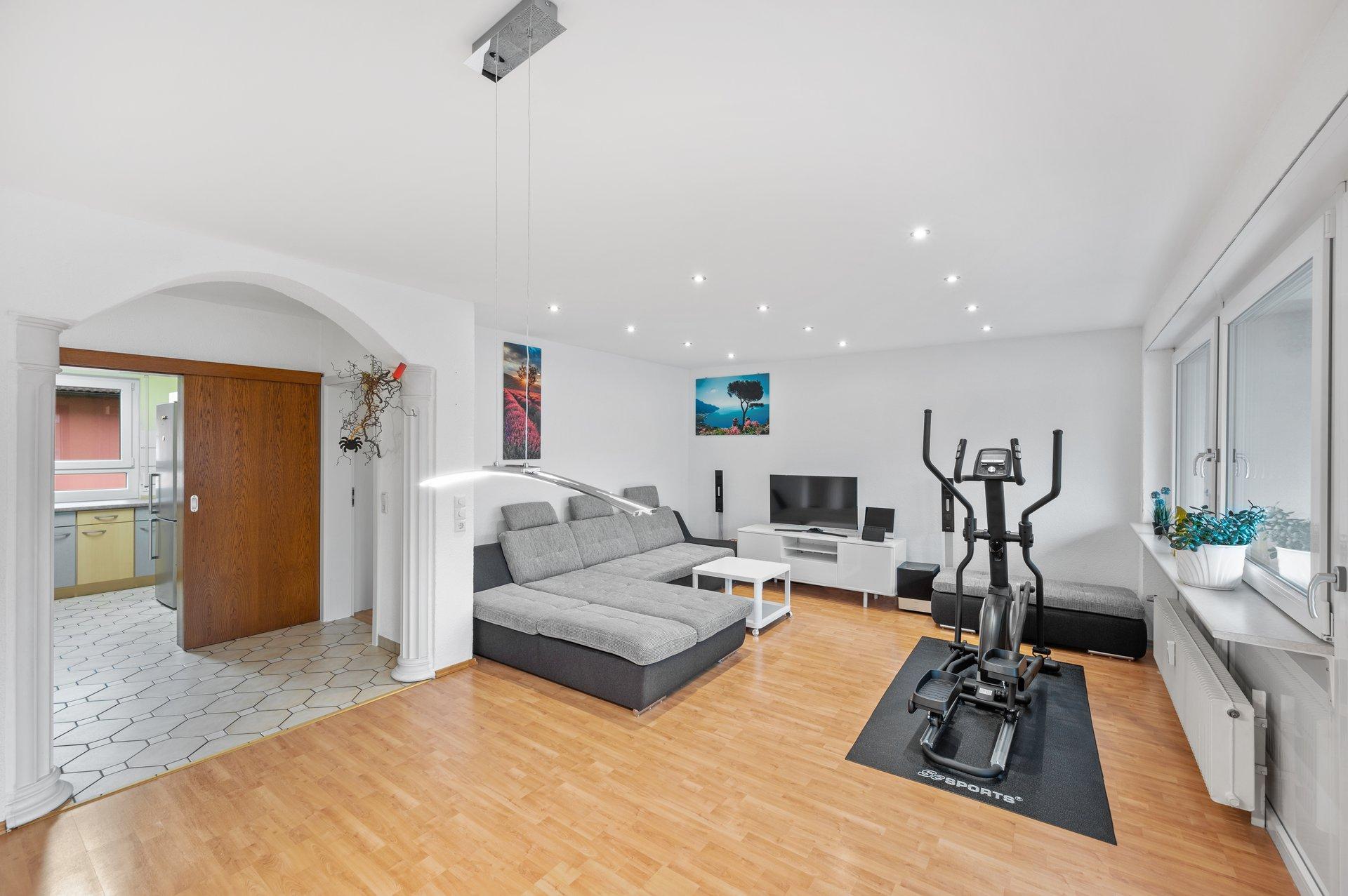 Große 3-Zimmer Eigentumswohnung mit Loggia und Garage in zentraler Lage Rheinfelden-Karsau