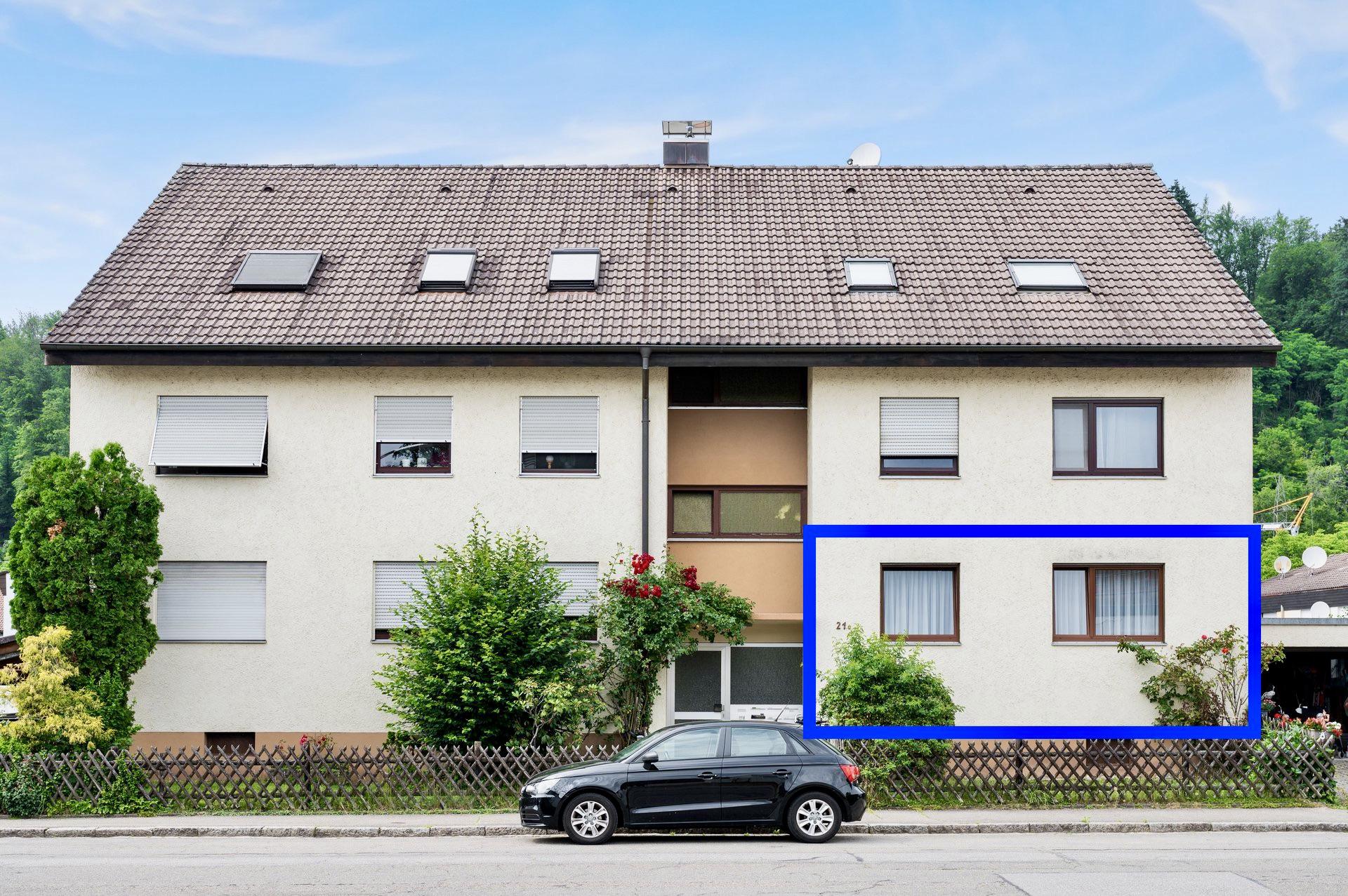 Begehrte Lage in Schopfheim! Schöne 3,5 Zimmer Eigentumswohnung EG mit Loggia ruhig und zentral