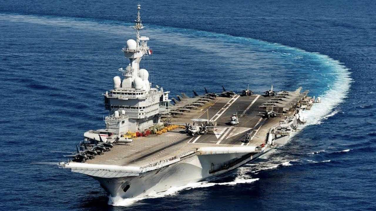 Equipements techniques pour protection dans le secteur de la défense, porte-avions Charles de Gaulle