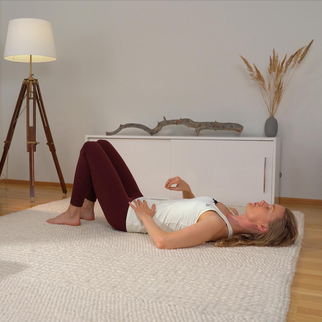 Pilates liike: Lantionpohjanlihasten aktivointi
