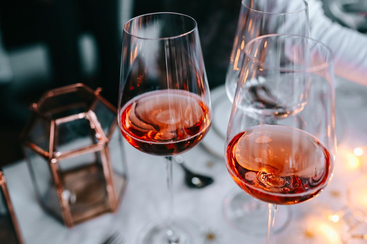 Vin Rosé de Provence : comment le choisir et le déguster ?