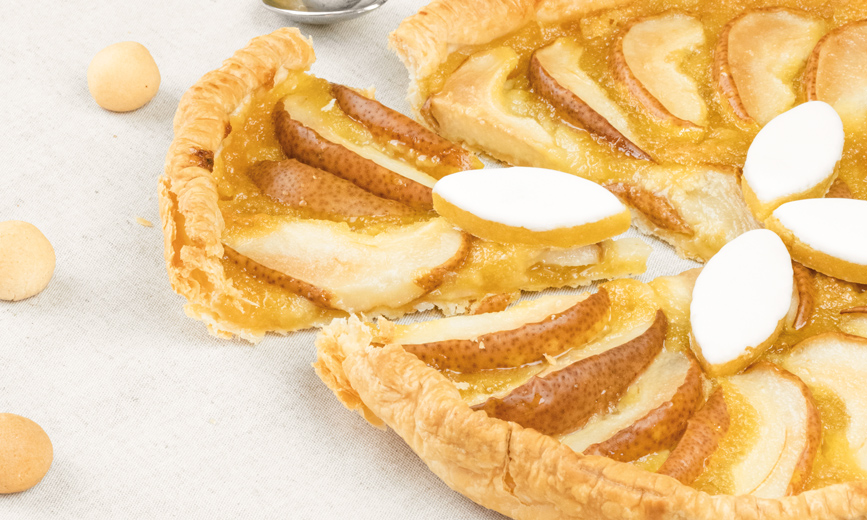 Tarte aux poires et crème de calissons