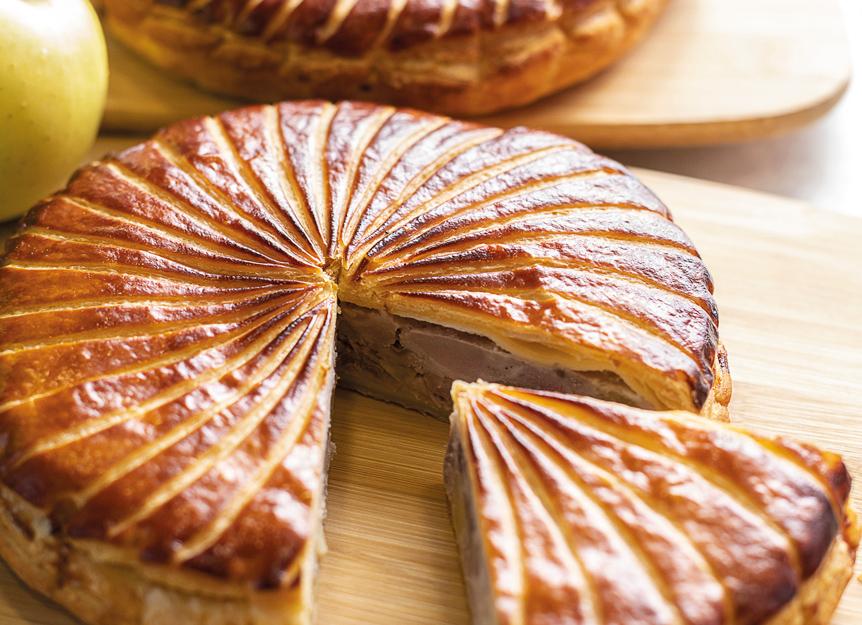 Tourte de cochon Roi rose, pommes et châtaignes