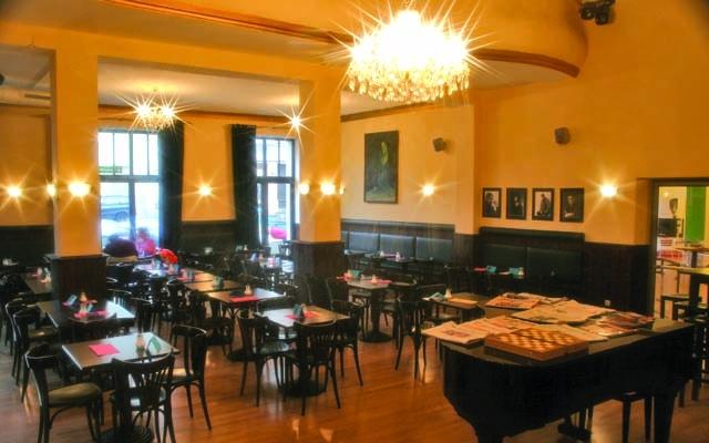 Kaffeehaus im Thalia